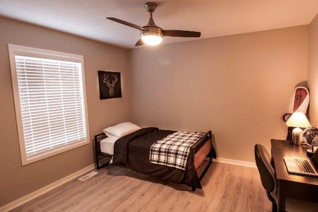 Vinyl Plank Bedroom Flooring