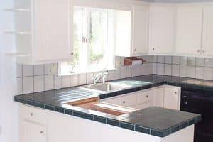 Cabinet Refacing | Handyman & Moore
