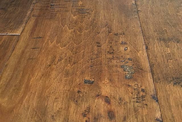 Engineered Hardwood Distressed Oak
