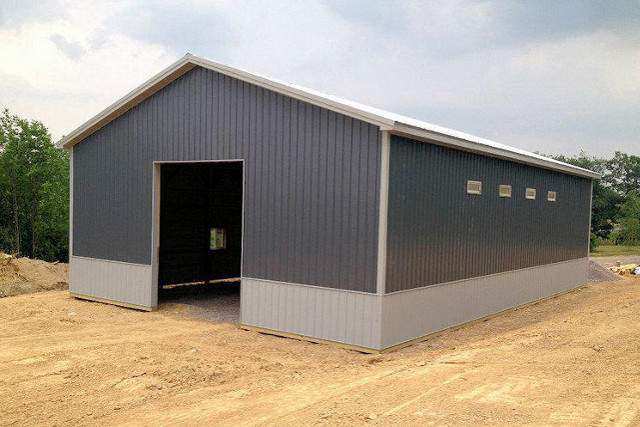 New Pole Barn two tone color